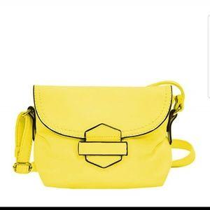 Crossbody bags so cute!